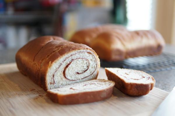 Grandma's Cinnamon Swirl Bread